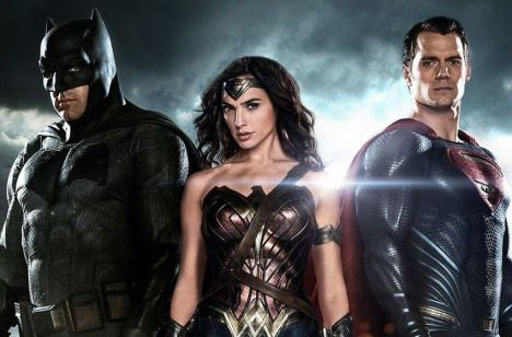 8-easter-eggs-you-missed-in-the-batman-vs-superman-trailer-but-where-s-aquaman-batma-737822